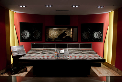 'Studio A' at Question de Son featuring Amadeus monitors