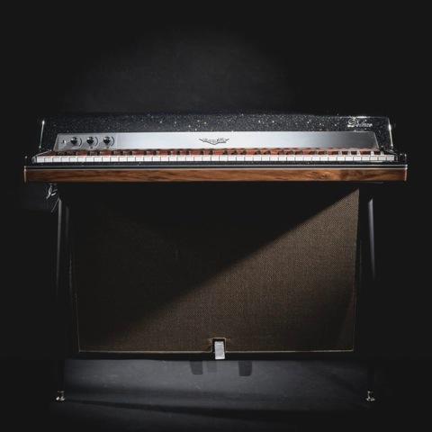 VV-piano-history81